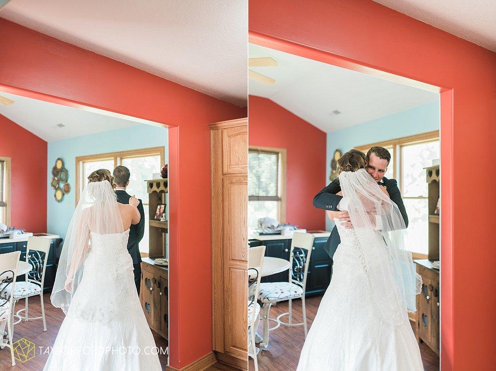 van-wert-ohio-decatur-indiana-wedding-photographer-the-mirage-banquet-hall-taylor-ford-photography_2480.jpg