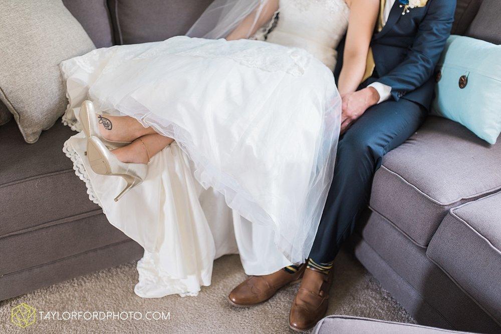 van-wert-ohio-decatur-indiana-wedding-photographer-the-mirage-banquet-hall-taylor-ford-photography_2482.jpg