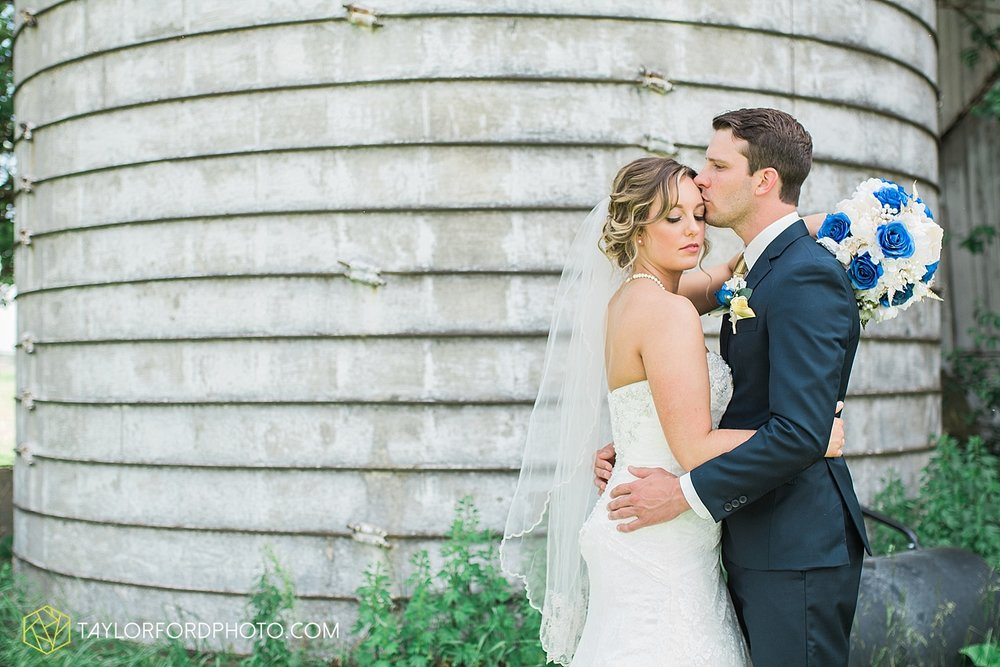 van-wert-ohio-decatur-indiana-wedding-photographer-the-mirage-banquet-hall-taylor-ford-photography_2504.jpg