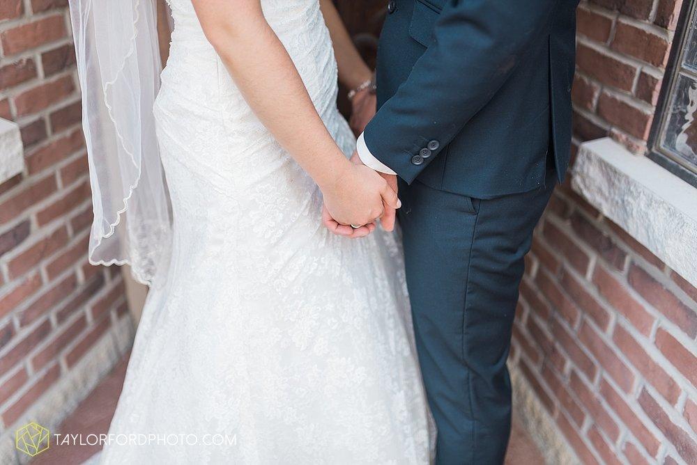 van-wert-ohio-decatur-indiana-wedding-photographer-the-mirage-banquet-hall-taylor-ford-photography_2508.jpg