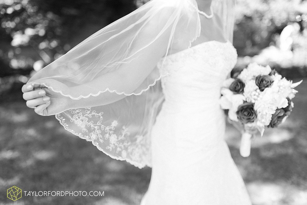 van-wert-ohio-decatur-indiana-wedding-photographer-the-mirage-banquet-hall-taylor-ford-photography_2515.jpg