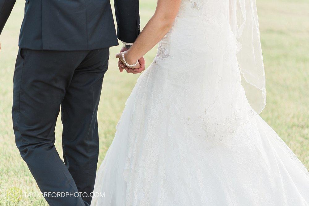 van-wert-ohio-decatur-indiana-wedding-photographer-the-mirage-banquet-hall-taylor-ford-photography_2544.jpg