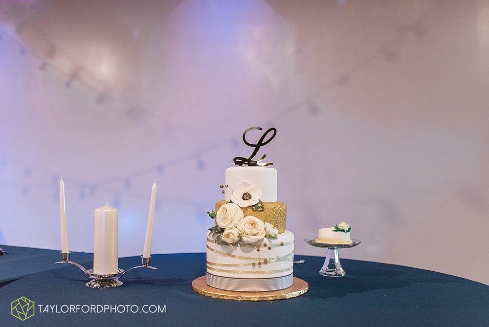 van-wert-ohio-decatur-indiana-wedding-photographer-the-mirage-banquet-hall-taylor-ford-photography_2547.jpg