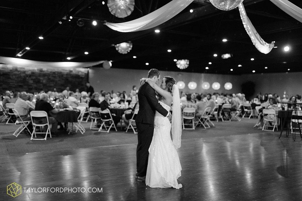 van-wert-ohio-decatur-indiana-wedding-photographer-the-mirage-banquet-hall-taylor-ford-photography_2549.jpg