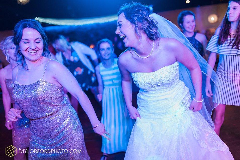 van-wert-ohio-decatur-indiana-wedding-photographer-the-mirage-banquet-hall-taylor-ford-photography_2550.jpg