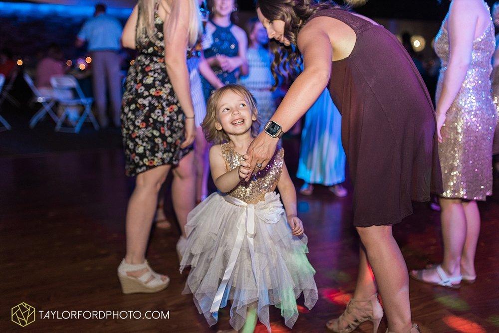 van-wert-ohio-decatur-indiana-wedding-photographer-the-mirage-banquet-hall-taylor-ford-photography_2551.jpg