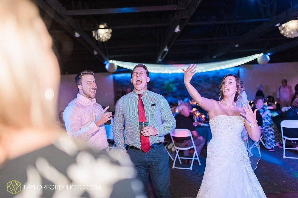 van-wert-ohio-decatur-indiana-wedding-photographer-the-mirage-banquet-hall-taylor-ford-photography_2559.jpg
