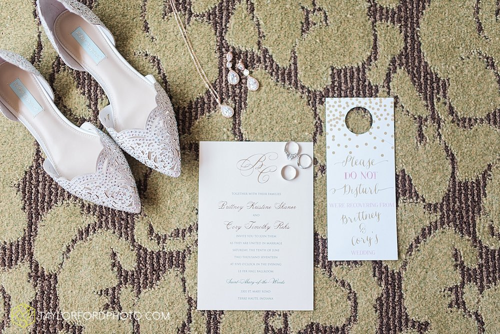 terre-haute-indiana-wedding-photographer-taylor-ford-photography-saint-marys-of-the-woods-college-weddings_2863.jpg