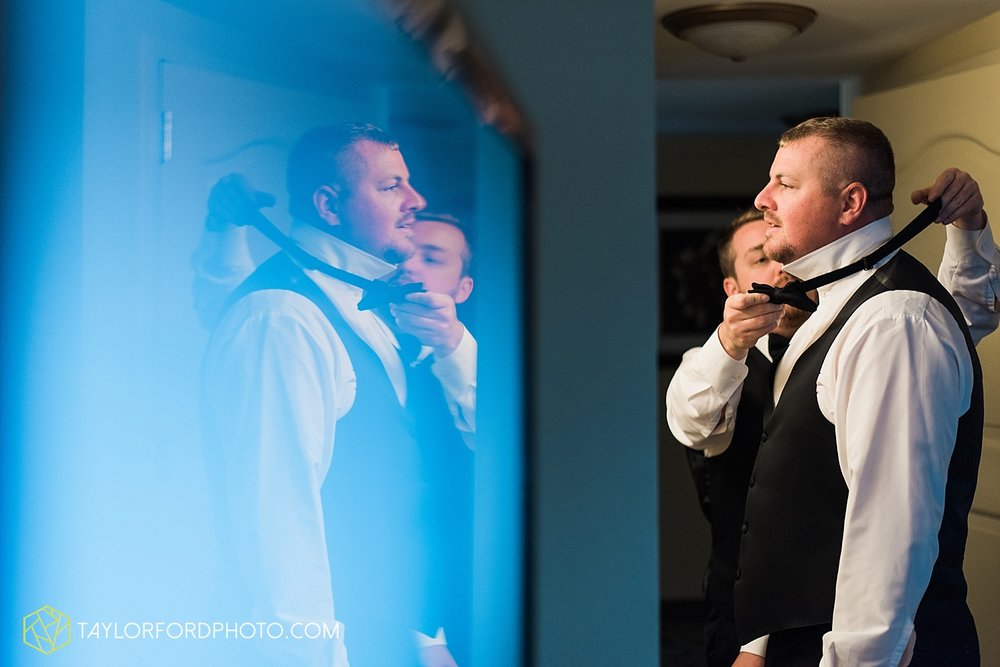 terre-haute-indiana-wedding-photographer-taylor-ford-photography-saint-marys-of-the-woods-college-weddings_2868.jpg