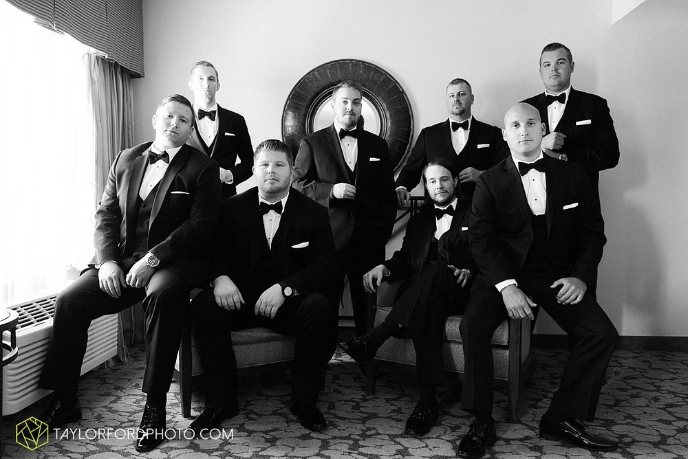 terre-haute-indiana-wedding-photographer-taylor-ford-photography-saint-marys-of-the-woods-college-weddings_2870.jpg
