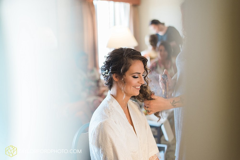 terre-haute-indiana-wedding-photographer-taylor-ford-photography-saint-marys-of-the-woods-college-weddings_2873.jpg