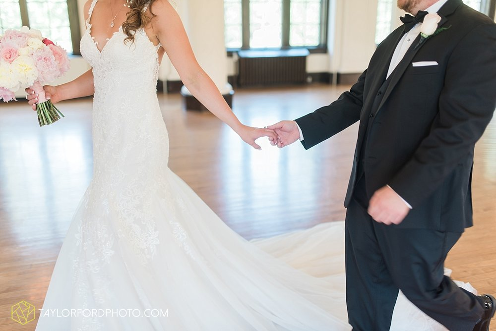 terre-haute-indiana-wedding-photographer-taylor-ford-photography-saint-marys-of-the-woods-college-weddings_2896.jpg