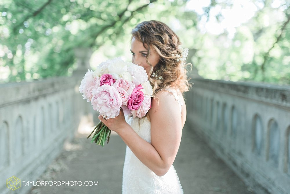 terre-haute-indiana-wedding-photographer-taylor-ford-photography-saint-marys-of-the-woods-college-weddings_2916.jpg