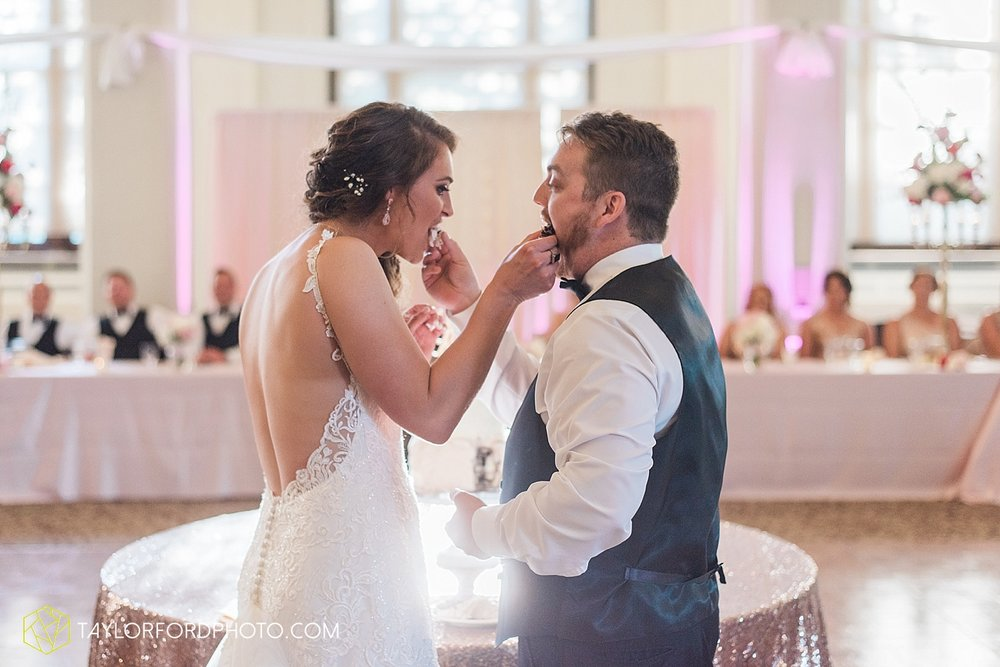 terre-haute-indiana-wedding-photographer-taylor-ford-photography-saint-marys-of-the-woods-college-weddings_2941.jpg