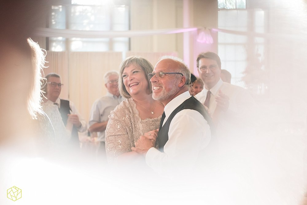 terre-haute-indiana-wedding-photographer-taylor-ford-photography-saint-marys-of-the-woods-college-weddings_2955.jpg