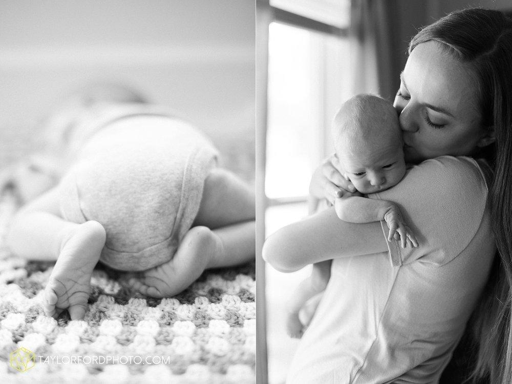 auburn-fort-wayne-indiana-newborn-family-taylor-ford-photography-lifestyle-photographer_4963.jpg