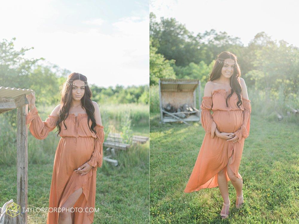 fort-wayne-indiana-maternity-family-taylor-ford-photography-lifestyle-photographer-goddess-sunset_5034.jpg