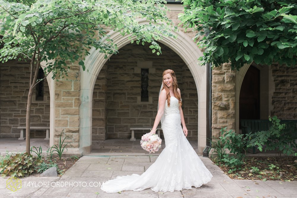 ford-wayne-indiana-trinity-lutheran-church-becca-connor-bonnell-taylor-ford-wedding-photography_0021.jpg