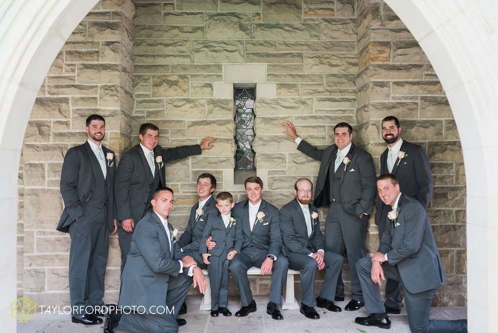 ford-wayne-indiana-trinity-lutheran-church-becca-connor-bonnell-taylor-ford-wedding-photography_0032.jpg