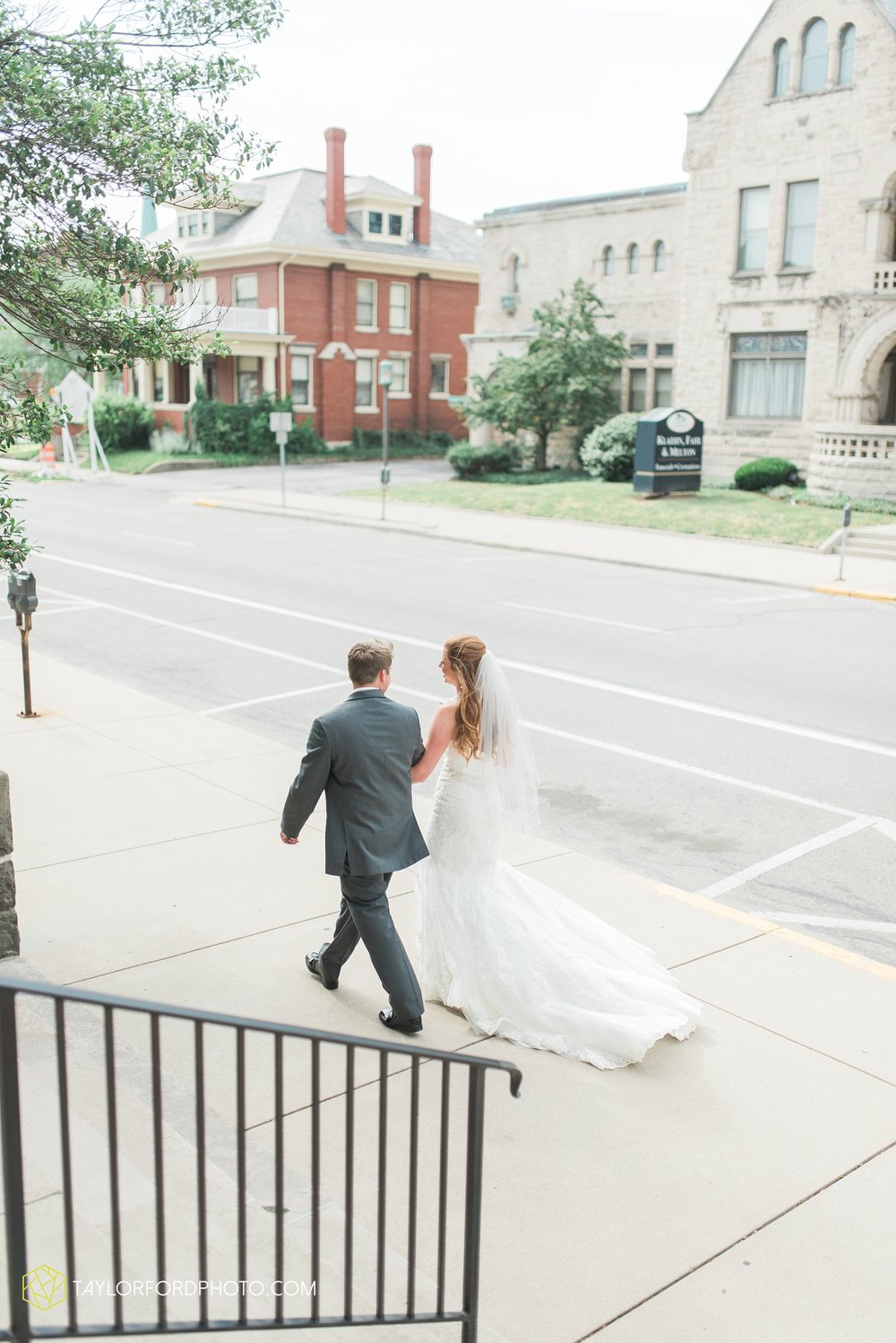 ford-wayne-indiana-trinity-lutheran-church-becca-connor-bonnell-taylor-ford-wedding-photography_0044.jpg