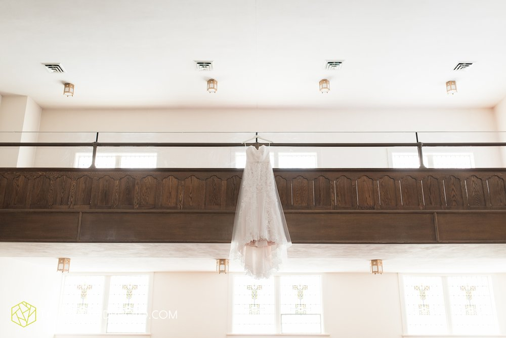 van-wert-ohio-dairy-barn-wedding-taylor-ford-wedding-photography_0179.jpg
