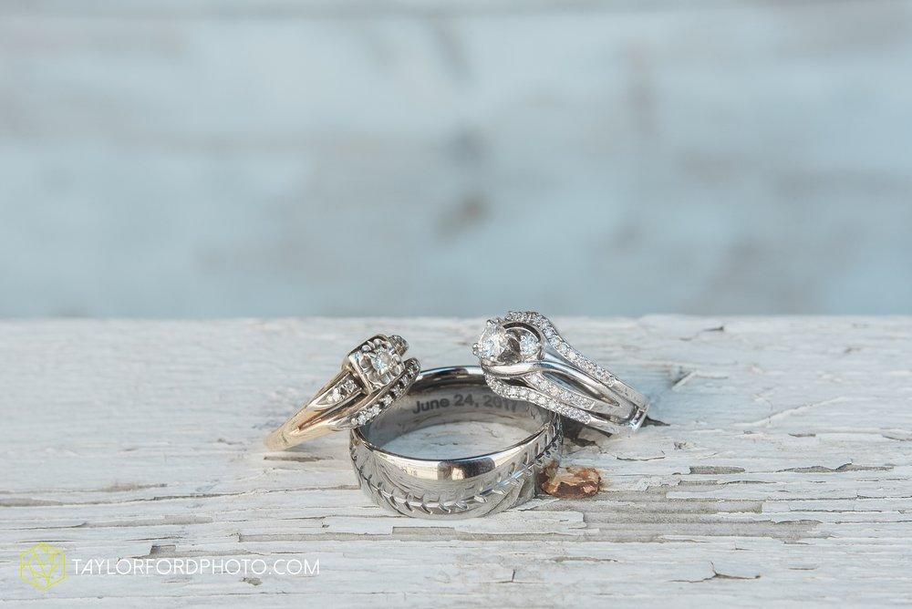 van-wert-ohio-dairy-barn-wedding-taylor-ford-wedding-photography_0187.jpg