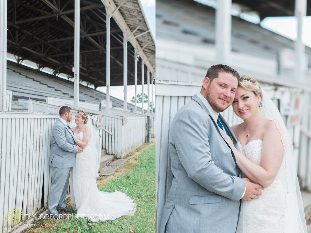 van-wert-ohio-dairy-barn-wedding-taylor-ford-wedding-photography_0196.jpg