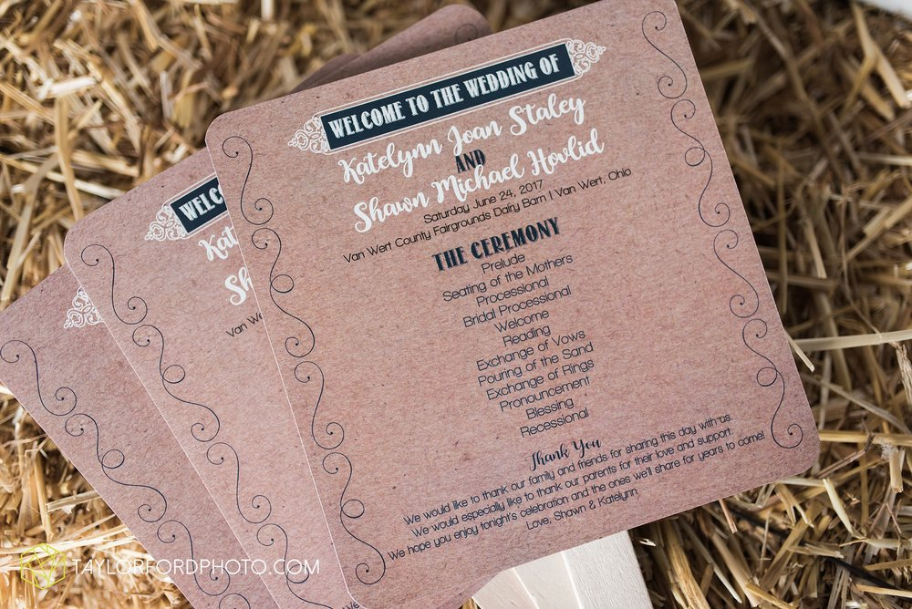 van-wert-ohio-dairy-barn-wedding-taylor-ford-wedding-photography_0222.jpg