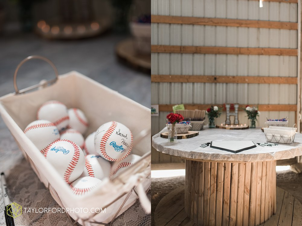 van-wert-ohio-dairy-barn-wedding-taylor-ford-wedding-photography_0233.jpg