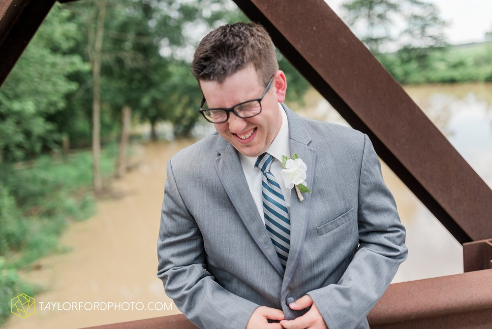 celina-ohio-wedding-taylor-ford-wedding-photography_0501.jpg
