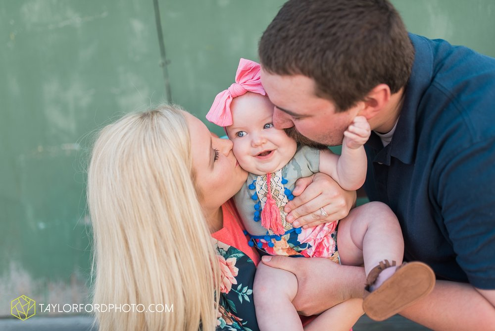 van-wert-ohio-family-taylor-ford-wedding-photography_0541.jpg