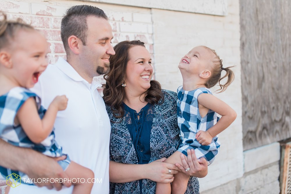 van-wert-ohio-family-taylor-ford-wedding-photography_0546.jpg