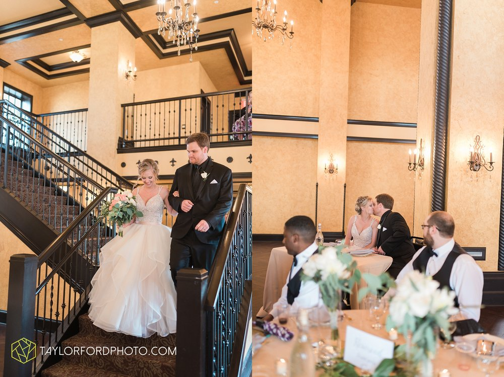 fort-wayne-indiana-taylor-ford-wedding-photography-the-embassy-theatre_0803.jpg