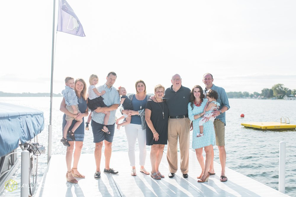 lake-wawasee-syracuse-indiana-taylor-ford-wedding-family-photography_1017.jpg