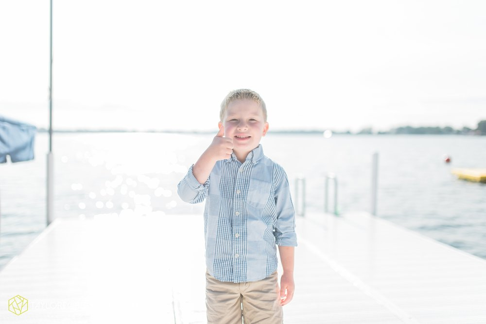lake-wawasee-syracuse-indiana-taylor-ford-wedding-family-photography_1022.jpg