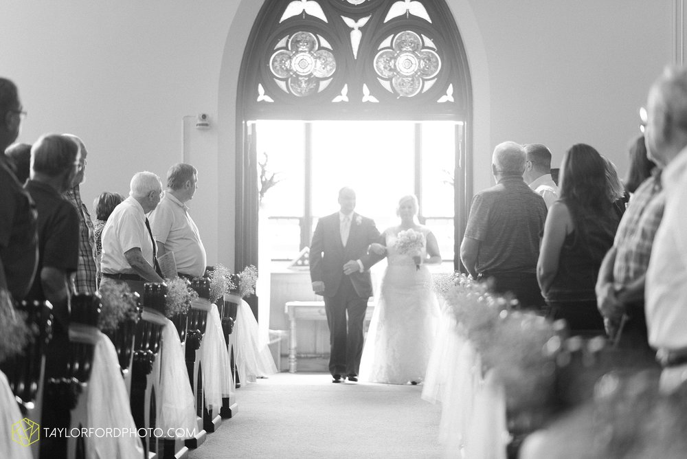 van-wert-ohio-taylor-ford-wedding-photography-photographer-rockford-ohio-first-united-methodist_1335.jpg