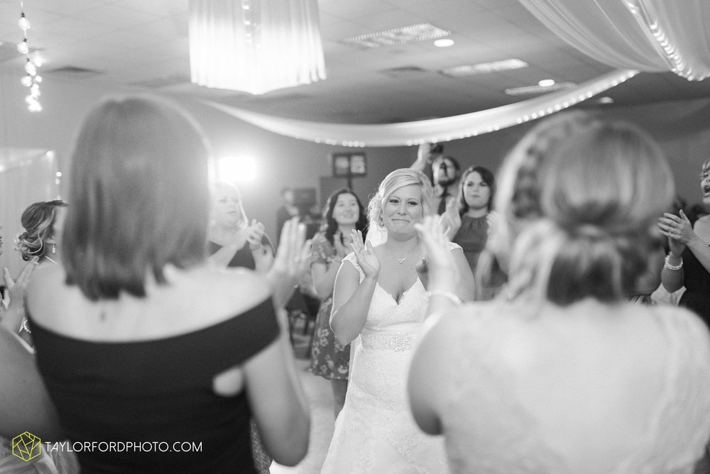 van-wert-ohio-taylor-ford-wedding-photography-photographer-rockford-ohio-first-united-methodist_1368.jpg