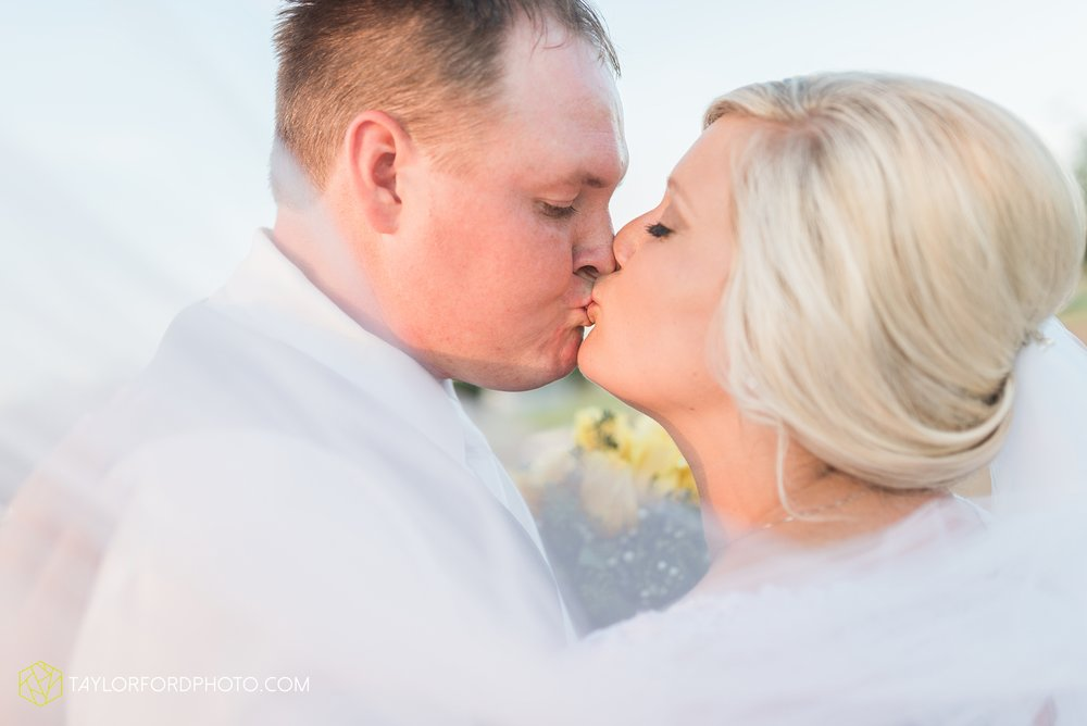 van-wert-ohio-taylor-ford-wedding-photography-photographer-rockford-ohio-first-united-methodist_1374.jpg