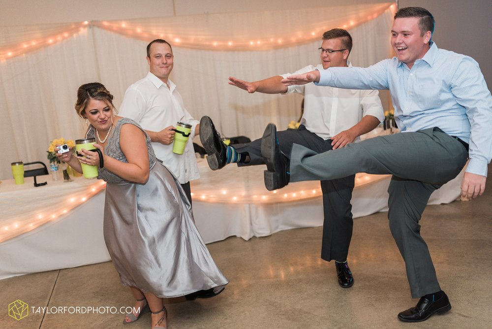 van-wert-ohio-taylor-ford-wedding-photography-photographer-rockford-ohio-first-united-methodist_1380.jpg