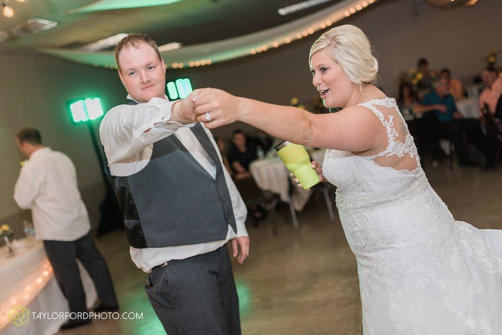 van-wert-ohio-taylor-ford-wedding-photography-photographer-rockford-ohio-first-united-methodist_1382.jpg