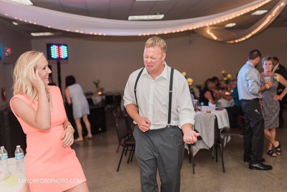 van-wert-ohio-taylor-ford-wedding-photography-photographer-rockford-ohio-first-united-methodist_1390.jpg