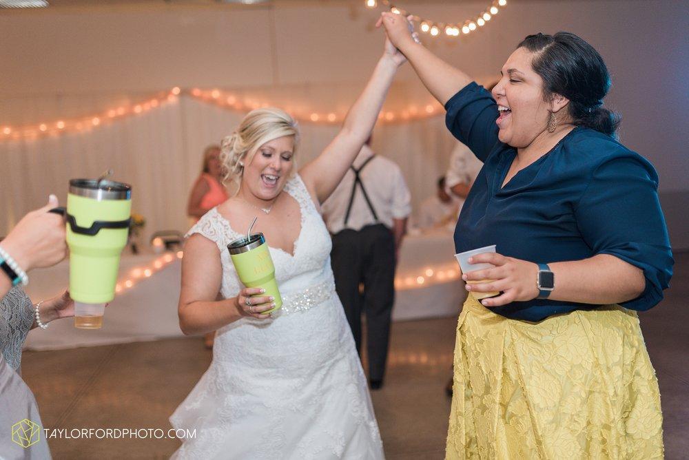 van-wert-ohio-taylor-ford-wedding-photography-photographer-rockford-ohio-first-united-methodist_1391.jpg