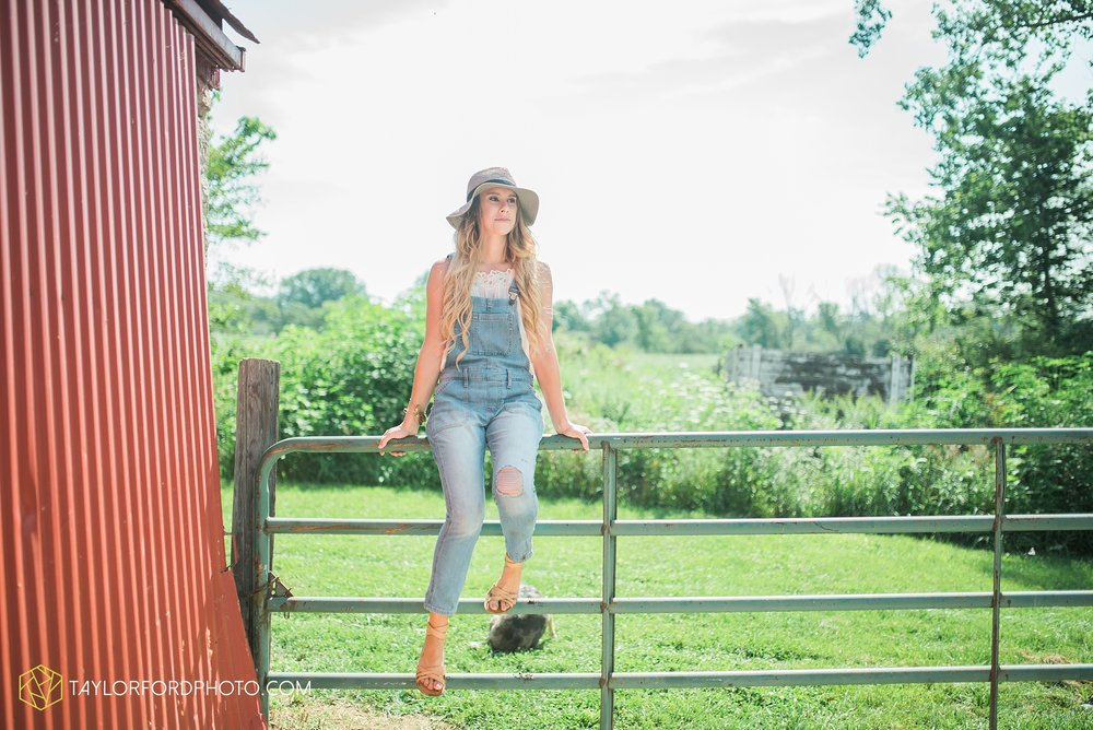 van-wert-ohio-senior-photographer-willshire-ohio-crestview-high-school-taylor-ford-photography-emma-leary18.jpg