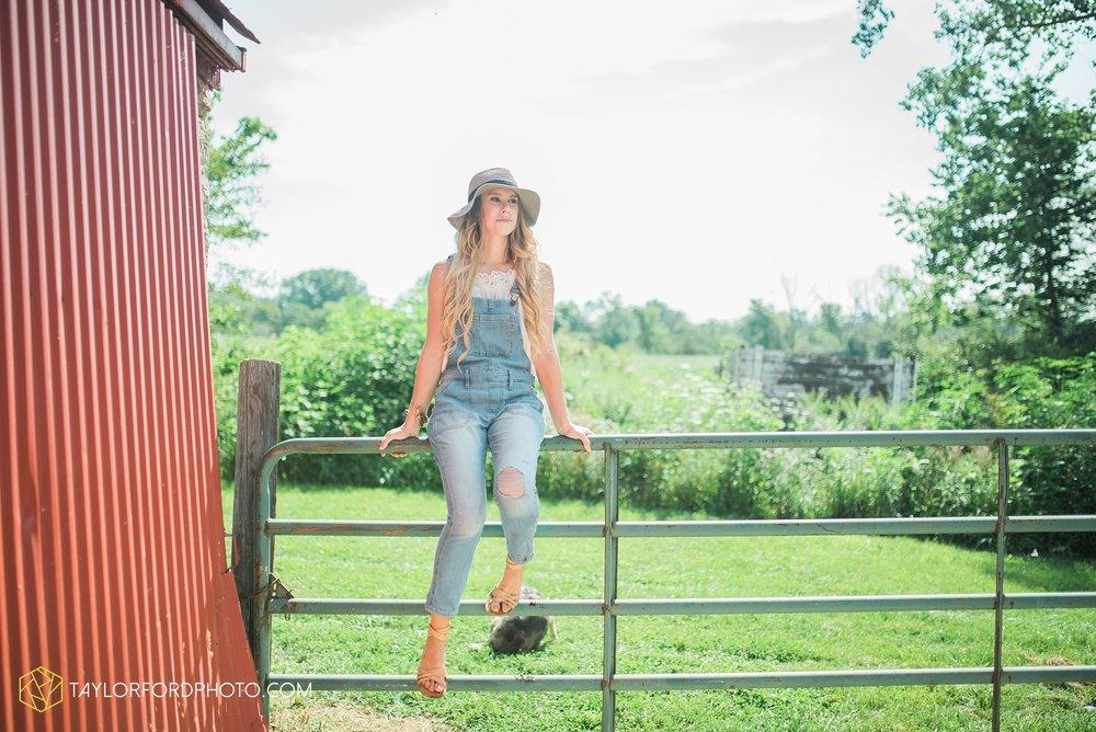 van-wert-ohio-senior-photographer-willshire-ohio-crestview-high-school-taylor-ford-photography-emma-leary18.jpg