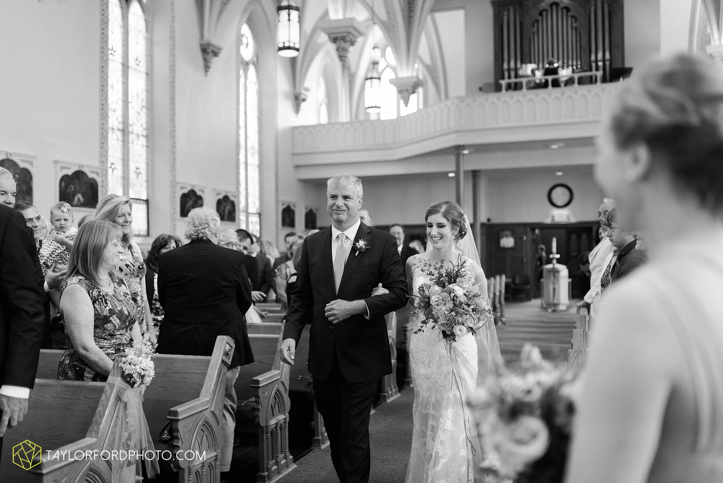 getting married in toledo ohio