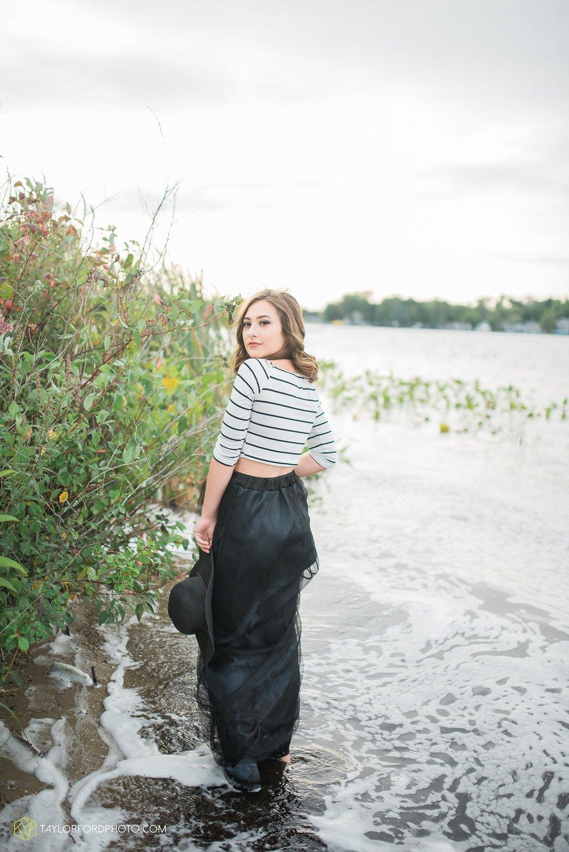 Lake-Wawasee-Syracuse-Indiana-Senior-Photographer-Taylor-Ford-Photography-Ohio-Indiana_2089.jpg