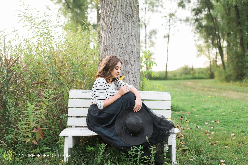 Lake-Wawasee-Syracuse-Indiana-Senior-Photographer-Taylor-Ford-Photography-Ohio-Indiana_2095.jpg