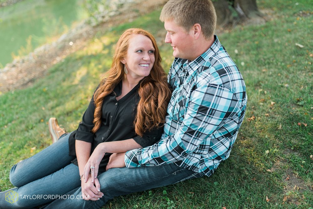 saint-marys-ohio-engagement-wedding-photographer-Taylor-Ford-Photography-Ohio-Indiana_2154.jpg