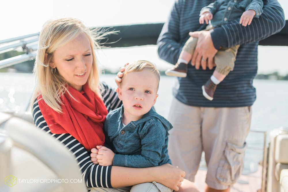hamilton-lake-indiana-family-photographer-taylor-ford-photography17.jpg
