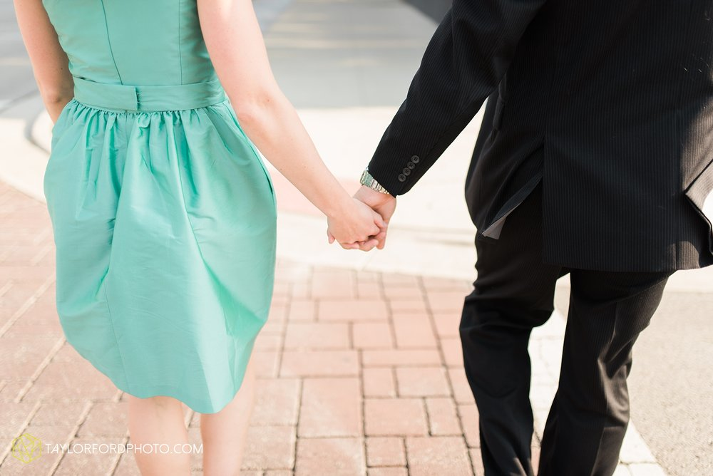 celina-coldwarter-ohio-engagement-wedding-photographer-Taylor-Ford-Photography-Ohio-Indiana_2273.jpg